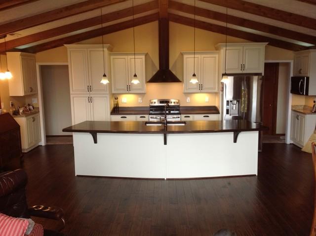 White Kitchen Cabinets traditional-kitchen