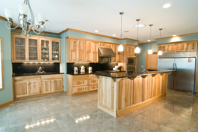 Natural Hickory Kitchen Traditional Kitchen Minneapolis By Country Cabinets