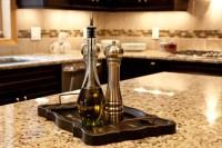 Small and Cozy Classic Kitchen - other metro - di Dream ...