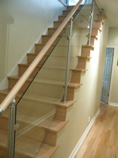 Wood Stairs And Stainless Steel Glass Railings   Stairs Railing Designs In Steel And Glass
