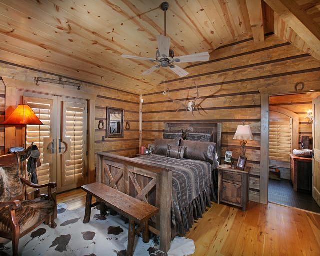 Wild Turkey Lodge Bedrooms