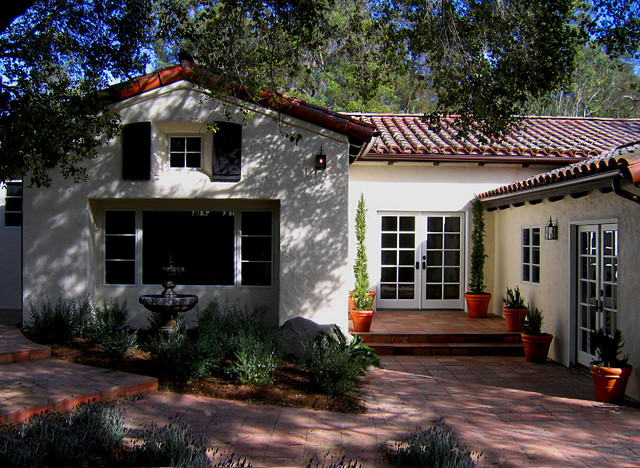 Charming Single Story Spanish Style Courtyard Home In