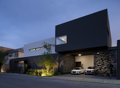 Modern House With Carport
