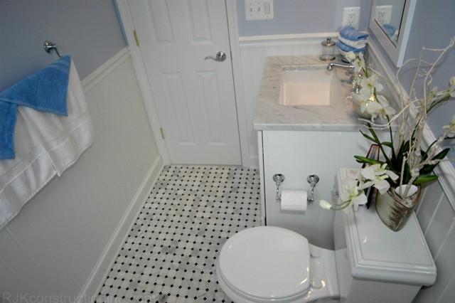 Cape Cod Chic Bathroom