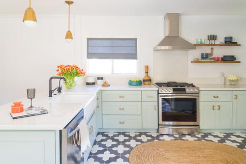 Chic Cottage Kitchen