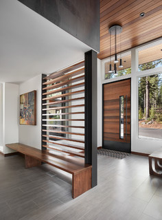 The Top 10 Entryway Photos Of 2018 (10 Photos)