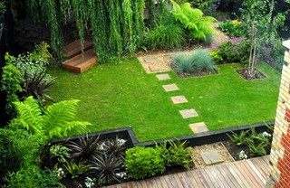 GARDEN WATER FEATURE AND POOL IDEAS