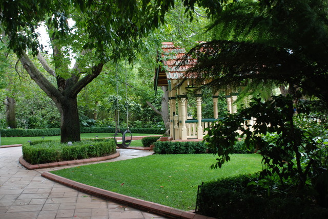 andrew renn design beautiful gardens of melbourne australia traditional