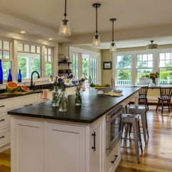 White Kitchen Island With Stools Cabniets Cape Cod Style Farmhouse Renovation/remodel, Kittery Maine ...
