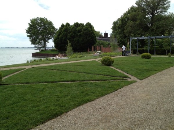 lakefront landscape - traditional