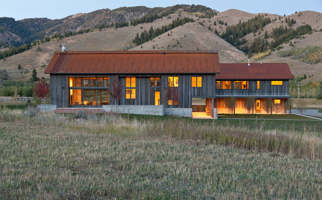 Sun Valley Mountain Modern rustic-exterior