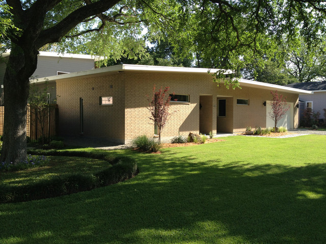 Midcentury Modern Home In Bluffview  Contemporary