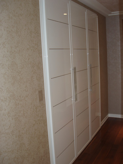 Closet Doors Miria Collection In High Gloss Finish
