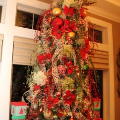 Kitchen Wall Hanging Ideas Horizontal Cabinets Dining Room Polka Dot Christmas Tree