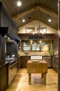Feeling of an Old Country Farmhouse Kitchen - Traditional ...