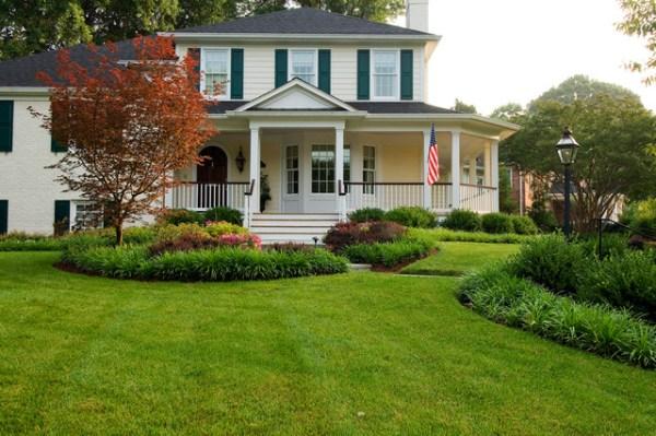 home corner lot - transitional