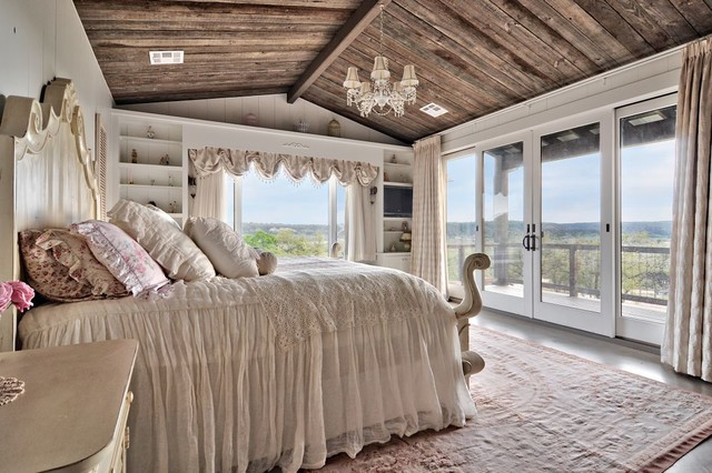 Romantic Hill Country Dream  Farmhouse  Bedroom  Austin