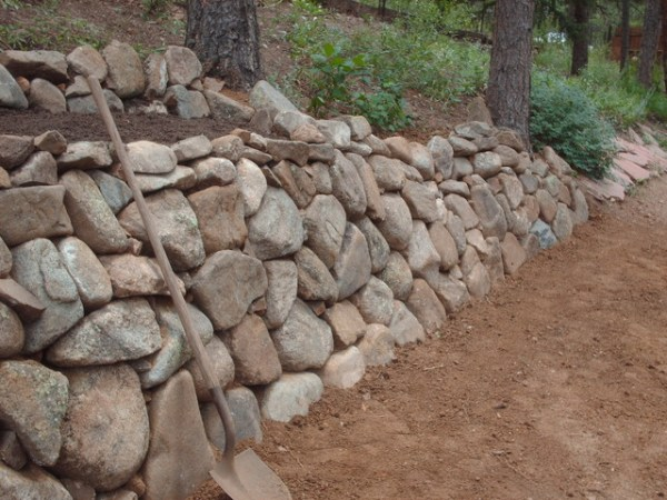 natural dry stack wall in colorado