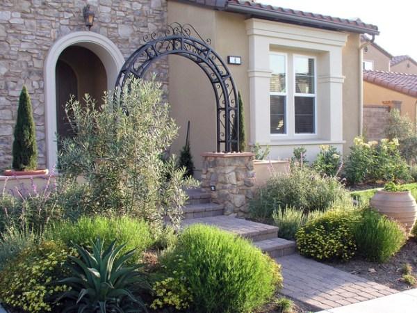 front yard entrance arbor