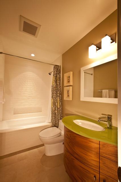 Huntington Beach Modern Hawaiiana Modern Bathroom