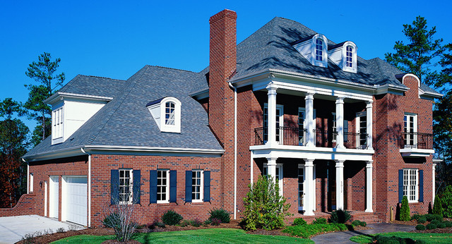 Triangle Bricks Williamsburg  Traditional  Exterior  Raleigh  by Triangle Brick Company