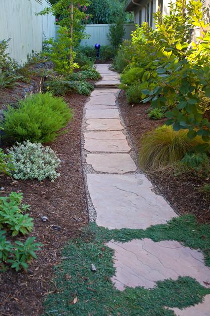 narrow side yard make beautiful