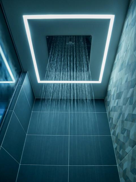 ciels de pluie dans la douche