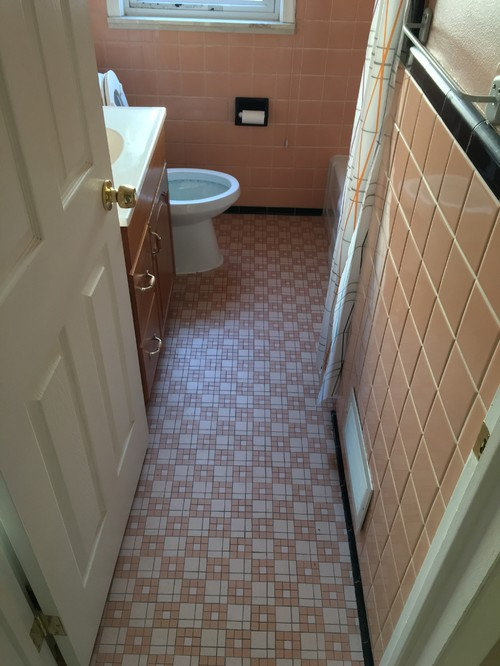 Peach Amp Black Tile Bathroom