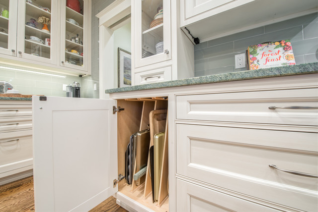 Queen Anne Traditional Kitchen and Dining traditional-kitchen