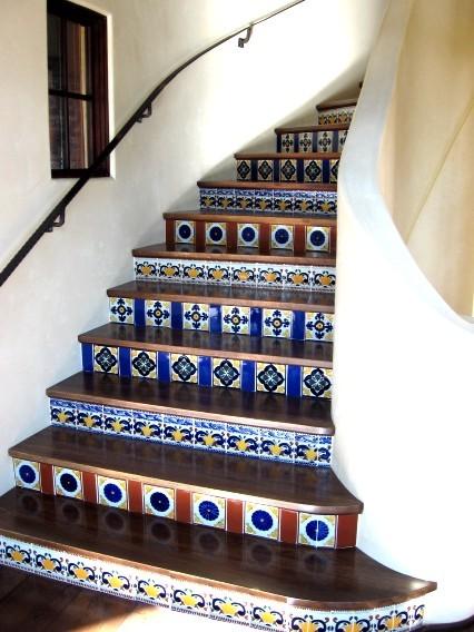 Latin Staircases mediterraneo-scale