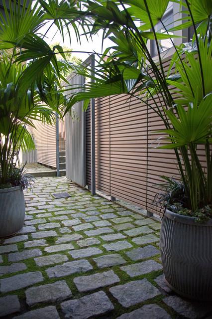 south end courtyard - contemporary