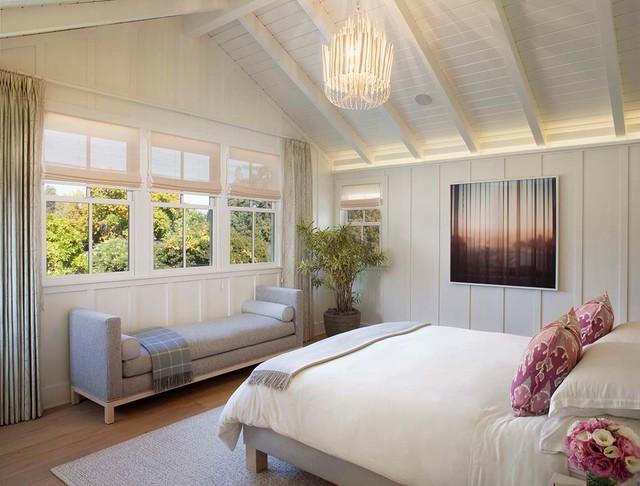 Modern farmhouse  Farmhouse  Bedroom  San Francisco  by Modern Organic Interiors