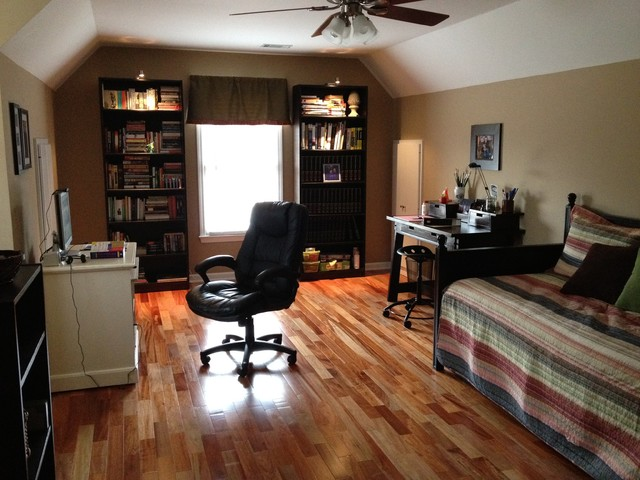 Bonus room  Traditional  Home Office  Atlanta