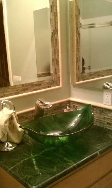 Green Leaf Shaped Vessel Sink  Tropical  Bathroom
