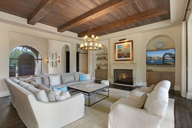 mediterranean living room green rooms bears club 115