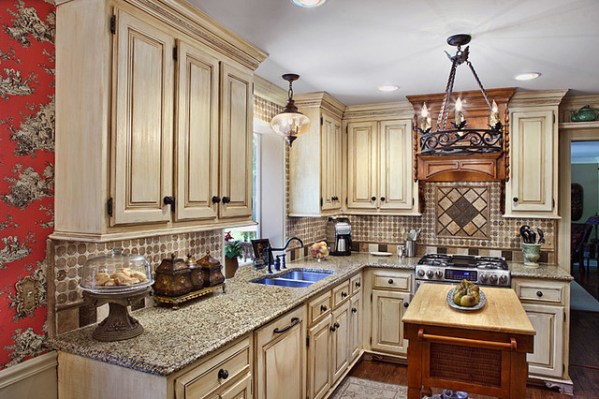 traditional country kitchen design Country French Kitchen, Macon, GA - Traditional - Kitchen