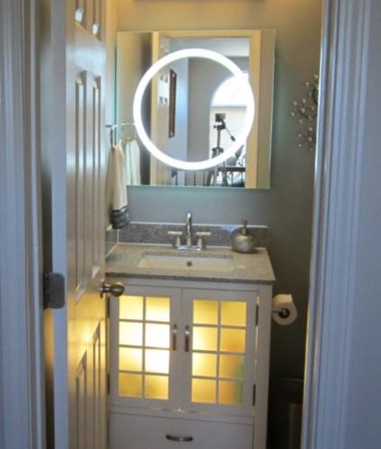 Wall Mounted Lighted Vanity Mirror LED  Modern  Bathroom