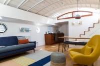Canary Wharf Boat - Contemporary - Living Room - London ...