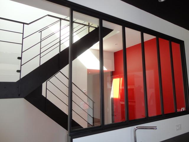 Escalier Acier  Bois et palier intermdiaire Verre  Verrire intrieure  Contemporain