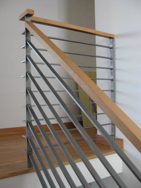 Modern wood railing