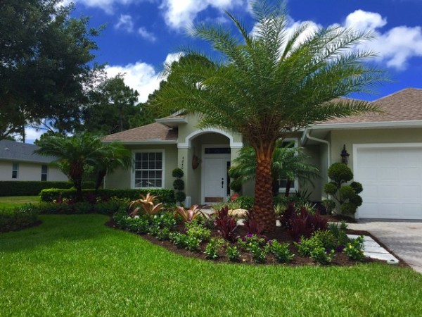front yard tropical curb appeal