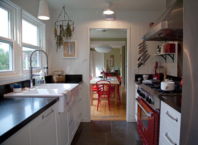 Country Galley Kitchen Designs