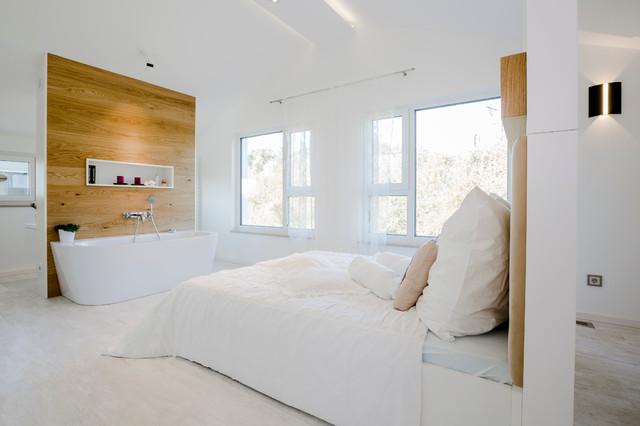 Musterhaus LaRocca  Modern  Schlafzimmer  Nrnberg  von FischerHaus GmbH  Co KG