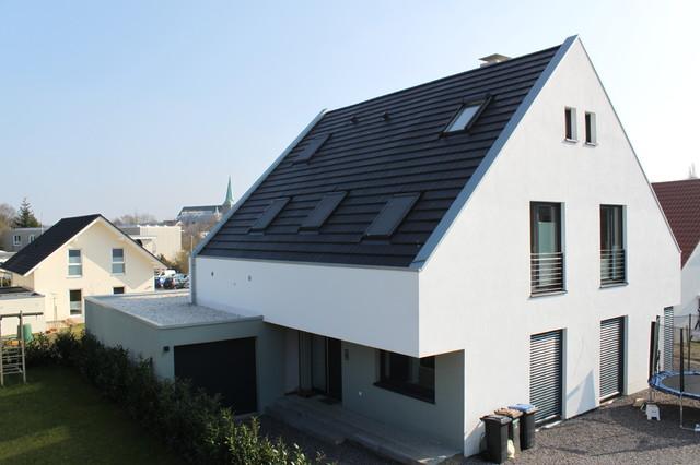 Steildach  Stehfalzgaube innenliegende Dachrinne