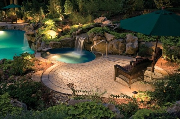 custom swimming pool deck - tropical