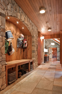 Entance Hall/Mudroom