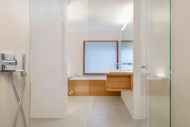 Modern Fugenlose Bäder Das Elanium Klick Profil Badezimmer Design ...