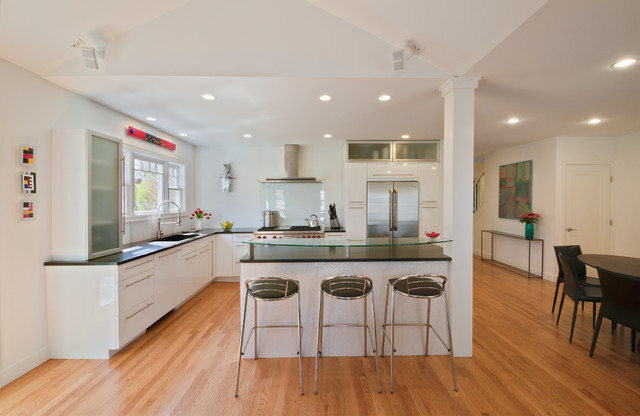 Maywood Ave Home Ann Arbor Contemporary Kitchen