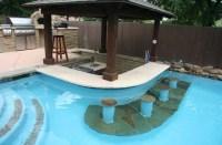 Pool Bar & Poolside Outdoor Kitchen - Contemporain ...