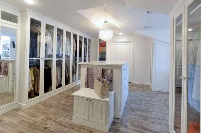 Attic Dressing Room  Traditional  Closet  New York  by Wendy Scott Closet Design